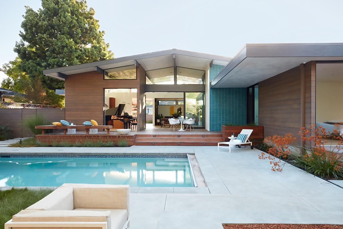 Mid-Century Modern Style House